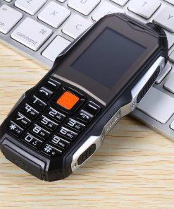 Mobitel sa oklopom od gume